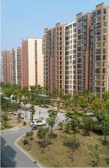 广福花园中央空调暖气片工程
